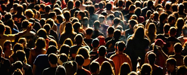 Festival Derrame Rock. Mesa redonda: Festivales: ¿moda o industria?